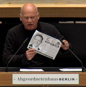Flugblatt im Abgeordnetenhaus Berlin